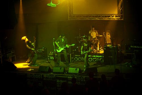 20091002RumboRock02